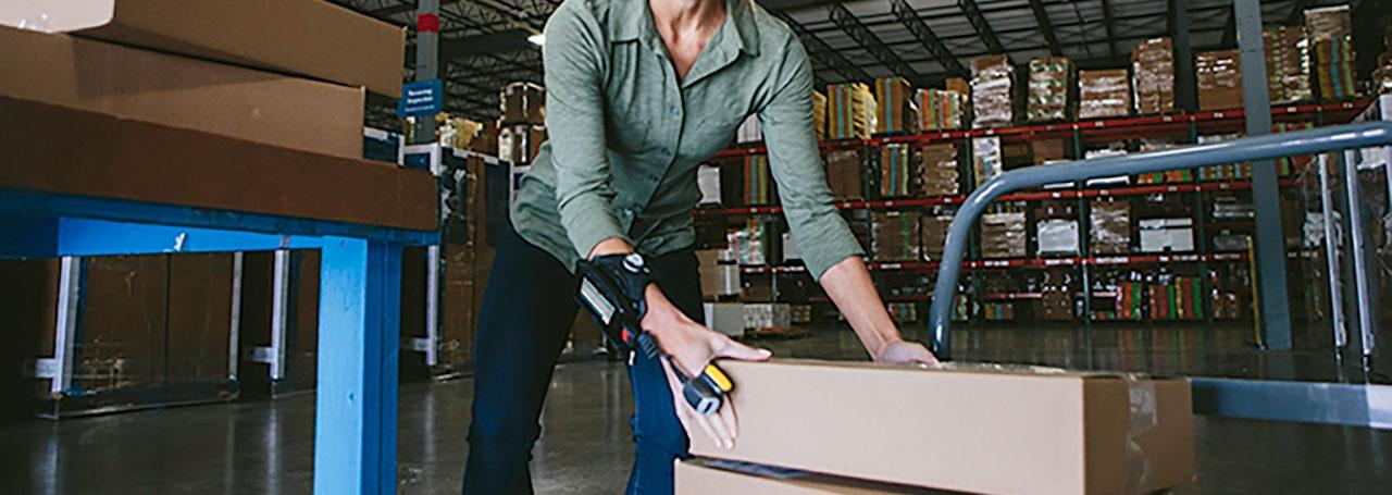 Nositelná zařízení poskytují pracovníkům větší nezávislost, čímž umožňují efektivnější a produktivnější práci.